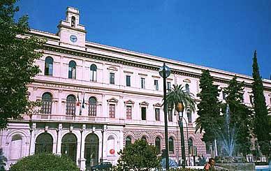 Università degli Studi di Bari (Italia)