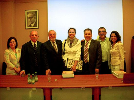 De izquierda a derecha, Pilar Mogollón, Alfredo J. Morales, Ignacio Henares, María Marcos, Rafael López, Julio Navarro y Elena Díez [Foto: Alejandro Pérez]