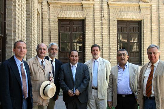 De izquierda a derecha: Ricardo Córdoba, Rafael Cómez, Fernando Moreno, Pedro Marfil, Juan A. Souto, Julio Navarro, Manuel Pérez.