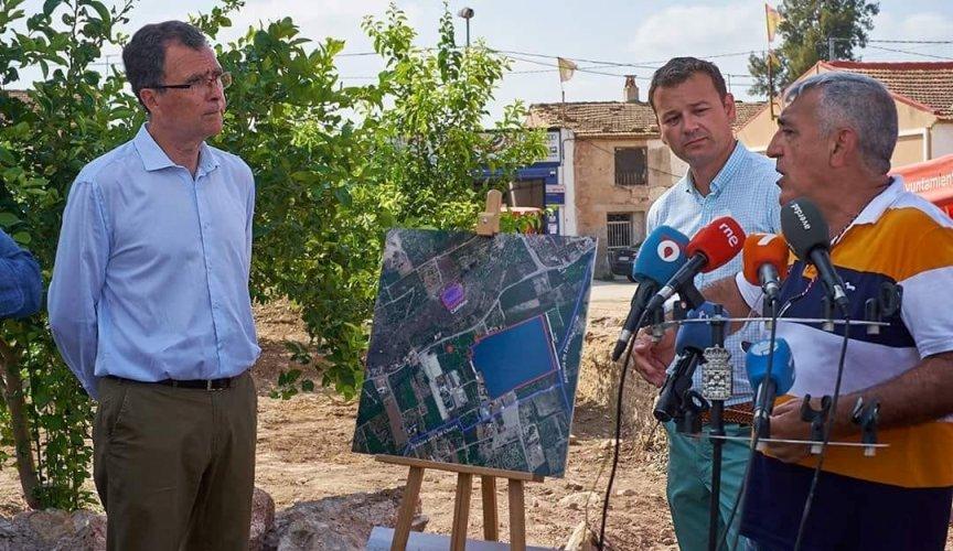 Visita del Alcalde de Murcia a las excavaciones de Monteagudo
