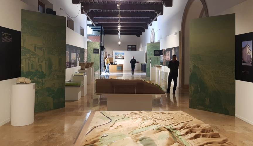 Visita guiada del Dr. Julio Navarro (EEA, CSIC) en la Noche de los Museos de Murcia
