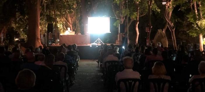 'Almuñécar nazarí', conferencia de Antonio Orihuela, miembro del LAAC (Escuela de Estudios Árabes, CSIC) en el Parque del Majuelo (Almuñécar)